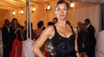 Gisele Bundchen finds it hard to balance family,career