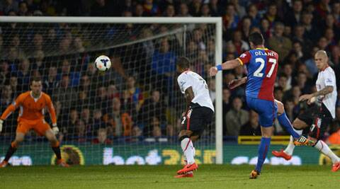 Palace stormed back with two goals from substitute Dwight Gayle and one from Damien Delaney who brought Palace back into the game with a screamer in the 79th minute before Gayle's second two minutes from time forced the draw. (Reuters)