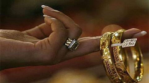 Government probes astonishing surge in gold jewellery exports from outside special economic zones. (Reuters)