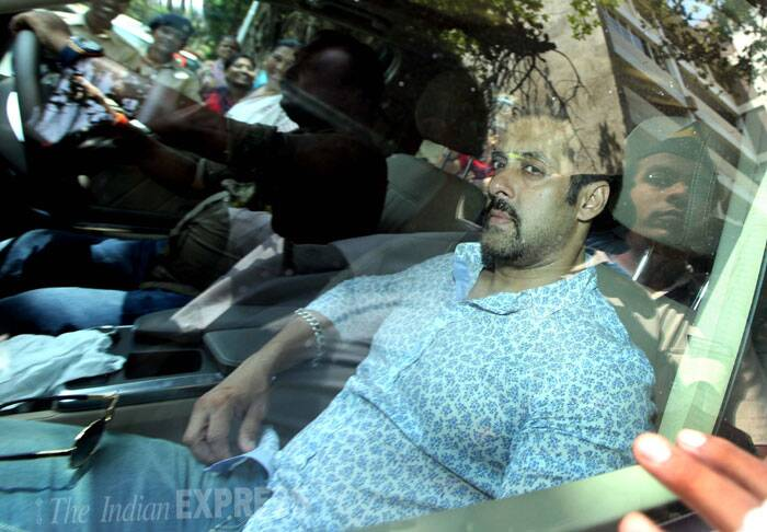 Bollywood actor Salman Khan arrived at the Sessions court for a hearing in the hit-and-run case in Mumbai on Tuesday. <br /> Salman's lawyer Srikant Shivade alleged that the witnesses were tutored by police to say they had seen Salman getting down from the car. (IE Photo: Ganesh Shirsekar)