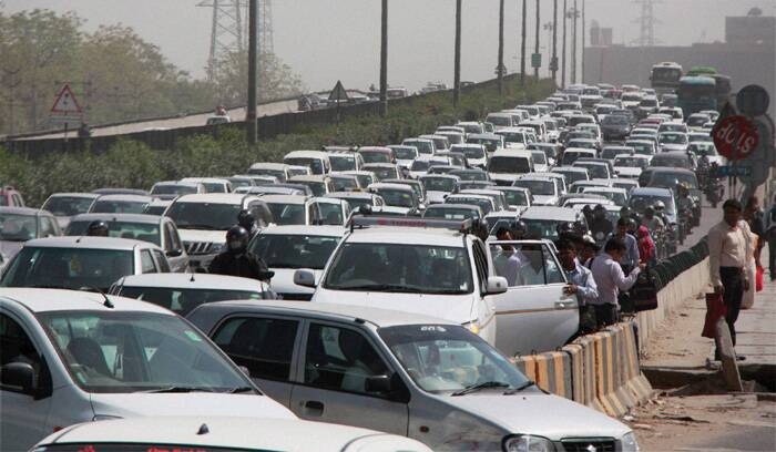 Vehicles stuck in a heavy traffic jam on Delhi-Gurgaon National Highway near Shankar Chowk in Gurgaon. ( Source: PTI )