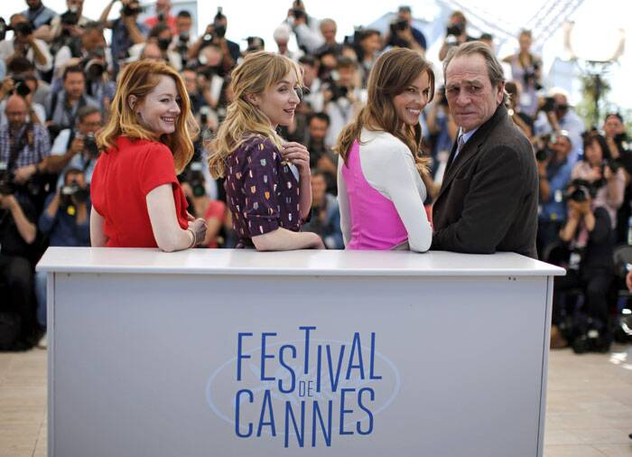 Cast members Miranda Otto, Sonja Richter, Hilary Swank, director and actor Tommy Lee Jones pose during a photo call for the film 'The Homesman' in competition at the 67th Cannes Film Festival. (Source: Reuters)