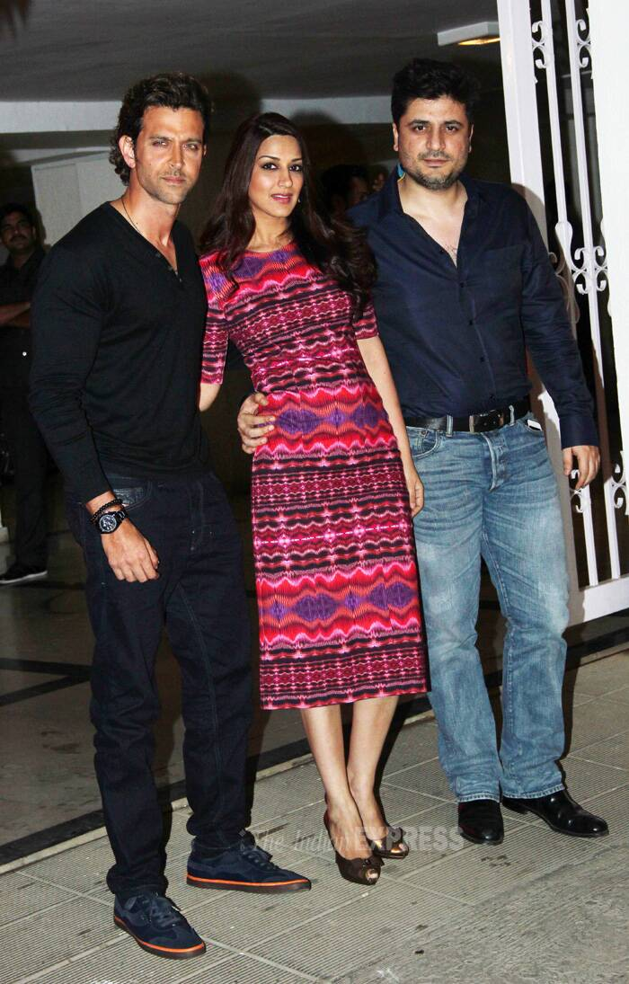 Bollywood heartthrob Hrithik Roshan also came to the party dressed in all back looking suave as always. Actress Sonali Bendre and her producer husband Goldie Behl also made it to the party. (Source: Varinder Chawla)