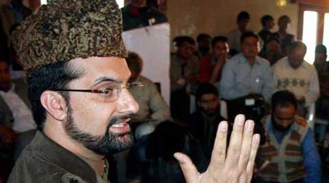 Hurriyat chairman Mirwaiz Umar Farooq called upon leadership of India and Pakistan to boldly move forward towards the start of a full-fledged peace process. (Source: PTI)