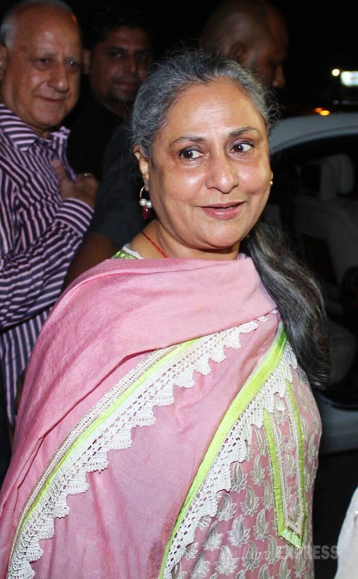 Jaya Bachchan gives the waiting photogs a smile. (Photo: Varinder Chawla)