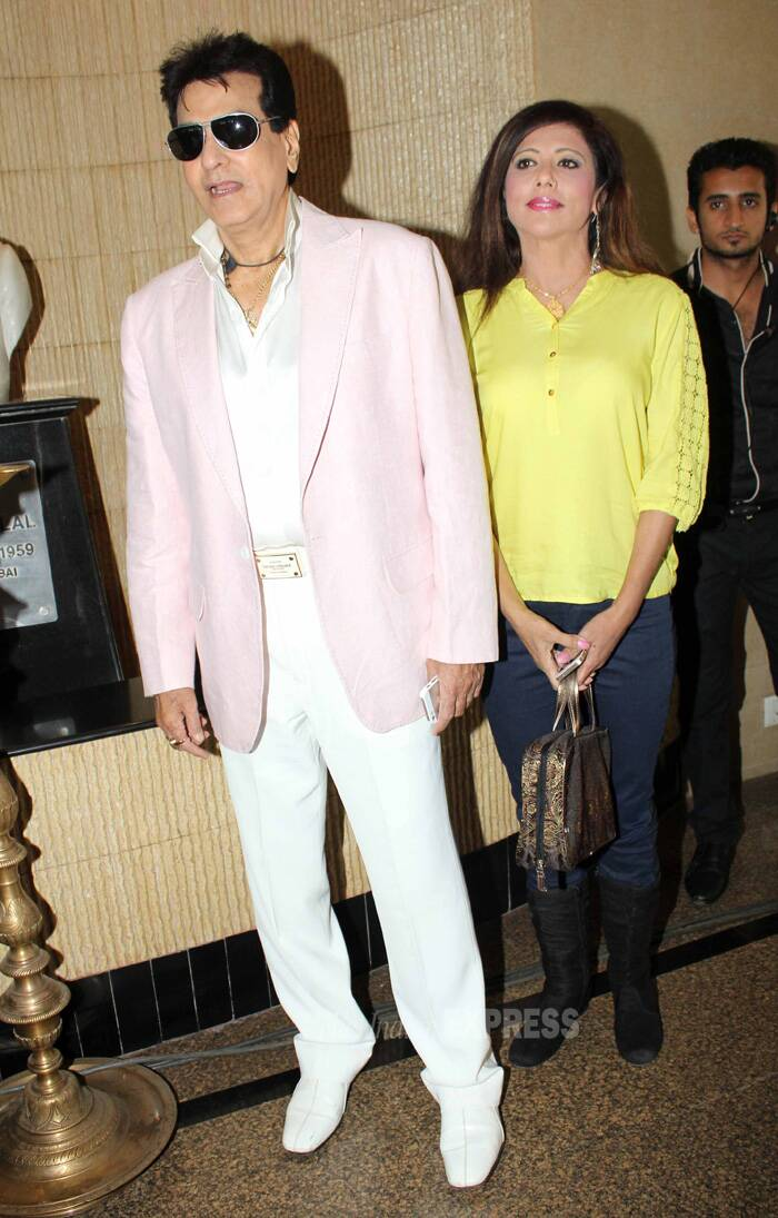 The actor wore a pale pink blazer with his trademark white pants and shoes. (IE Photo: Amit Chakravarty)