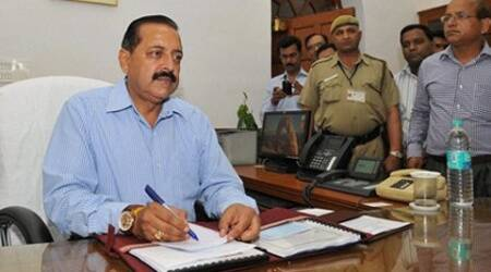 Jitendra Singh takes charge as Minister of State for Personnel, Public Grievances & Pensions at his office in New Delhi. (Source: PTI)
