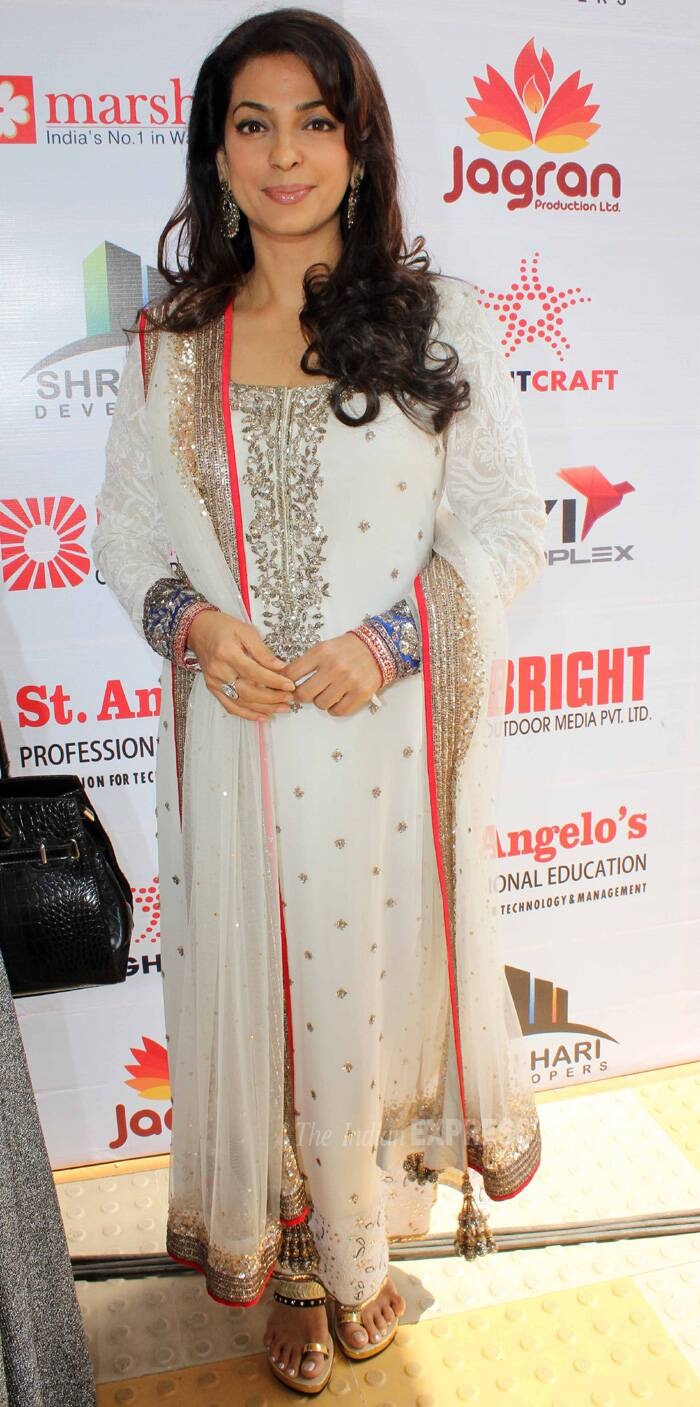 Juhi Chawla looked lovely in a white Manish Malhotra suit. She was presented with the Best Actress Award for 'Gulaab Gang'. (IE Photo: Amit Chakravarty)