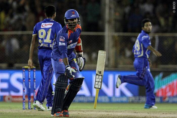 Chasing a massive total of 202, Delhi batsmen scummed to pressure and fell one after the other. Their second highest run-scorer in the IPL 7, Dinesh Karthik was also a flop  and scored only three runs off eight balls. (Photo: BCCI/IPL)