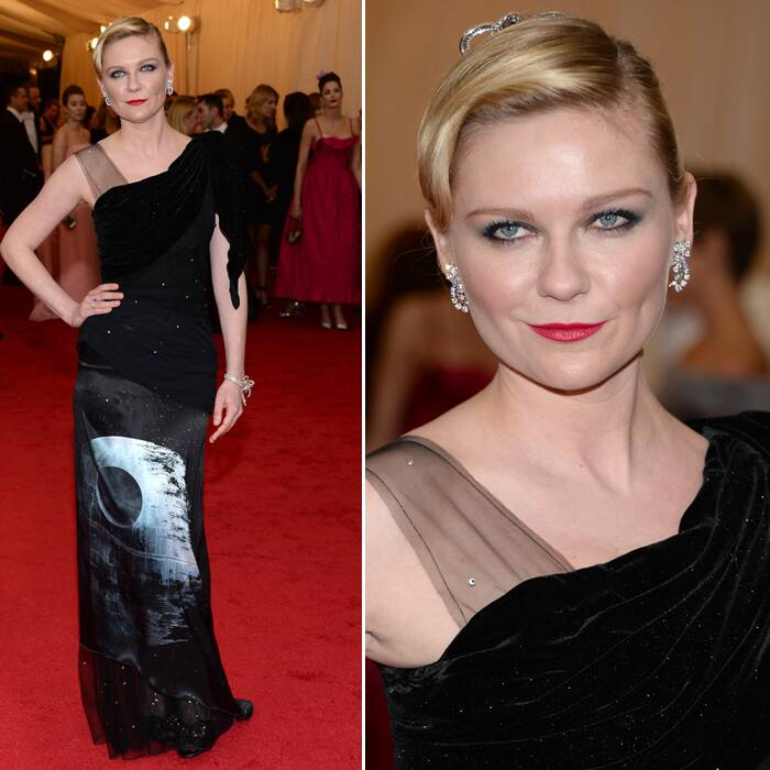 Former Spiderman actress Kirsten Dunst opted for a Star Wars theme gown by Rodarte gown. She looked absolutely fabulous. (AP)