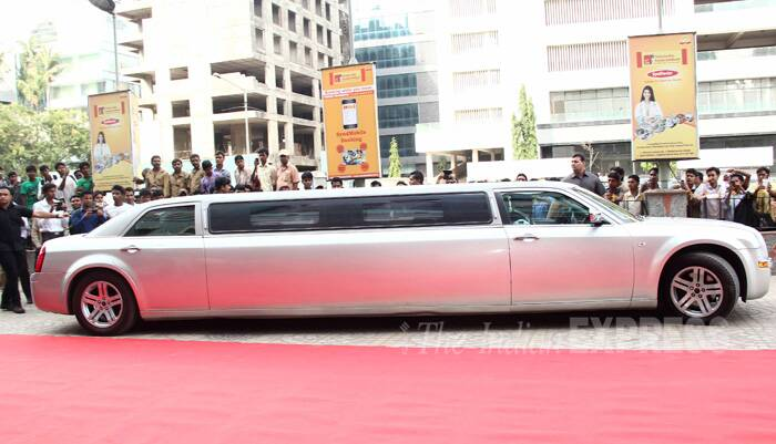 The 'Humshakals' team arrived in a stretch Limousine to the venue. (Source: Varinder Chawla)