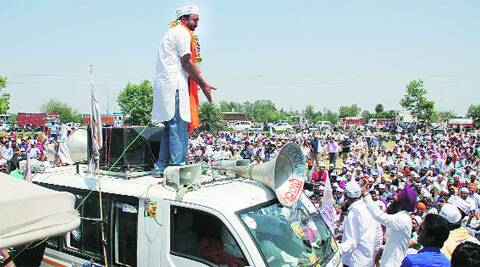 Bhagwant Mann undertakes a roadshow. ( Source: Express photo byGurmeet Singh )