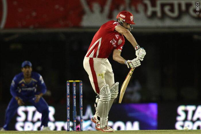 Kings XI Punjab's batsman Shaun Marsh top-scored for his team with a 35-ball 40, which included five fours and one six. He was awarded the man of the match award for his performance. (Source: IPL/BCCI)