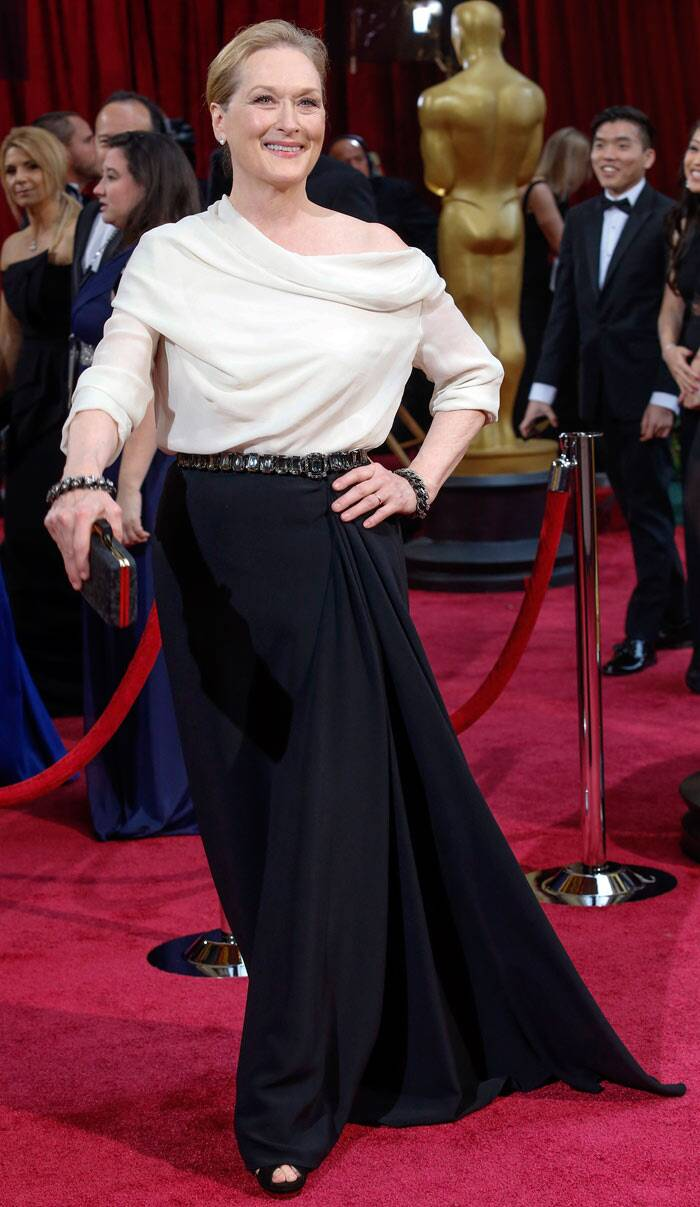 Meryl Streep was not easily forgiven for her lack of effort on the Oscar red carpet. The 'Devil Wears Prada' actress wore an unflattering white drooping blouse with a dark skirt.
