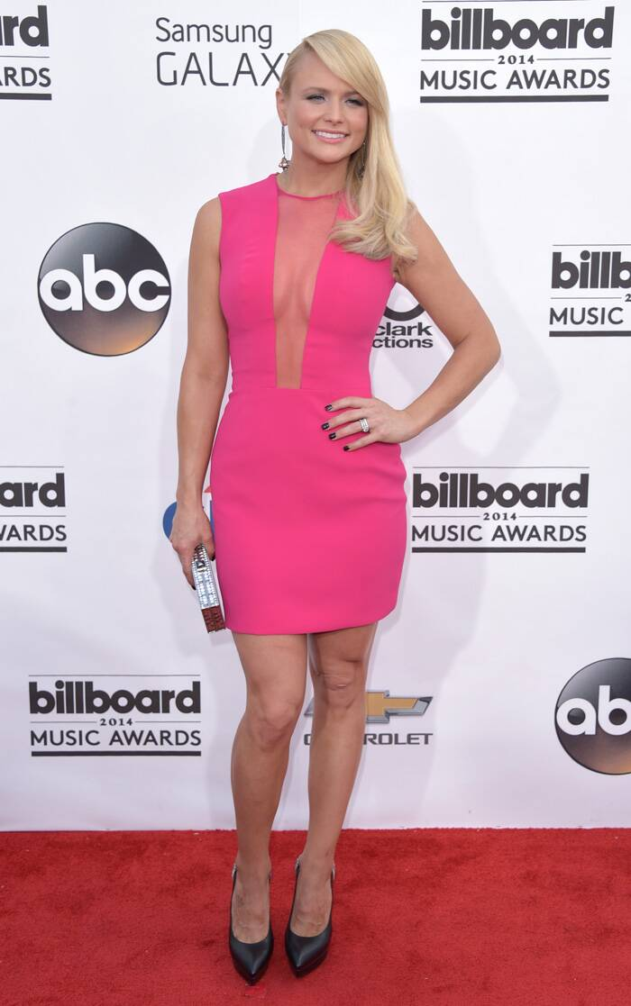 Miranda Lambert opted for a hot pink number at the Billboard Music Awards. (Source: AP)