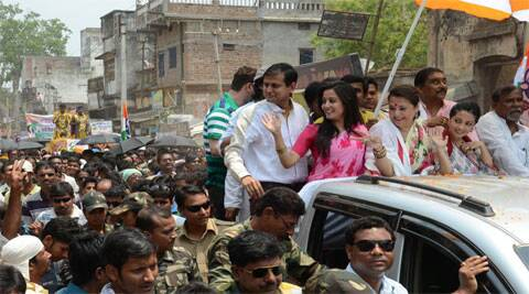Moon Moon sen, actor and TMC candidate, during a road show along with her daughters. (IE photo: Partha Paul)