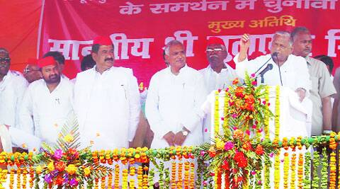 Mulayam Singh Yadav at K P College ground in  Allahabad Saturday. (Ravi Prakash)