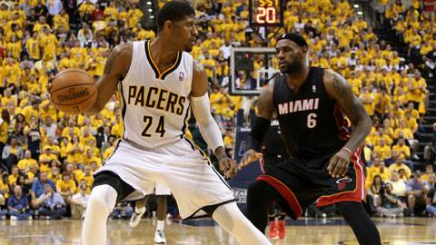Paul George (L) scored 21 points in the fourth quarter, the most ever, beating Michael Jordan's 1997 mark of 20. (Source: USA Today Sports)