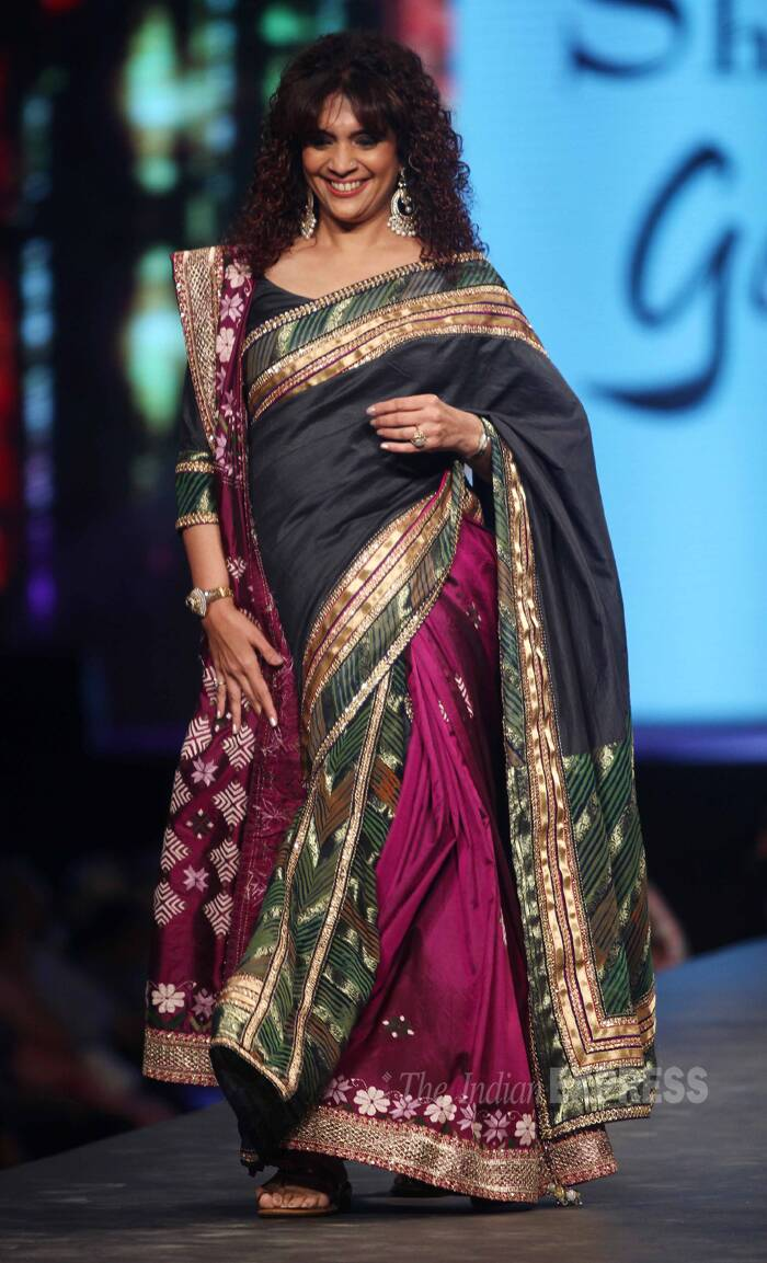 Remember her? Ghazal singer Penaaz Masani was delighted on the ramp. (Photo:Varinder Chawla)