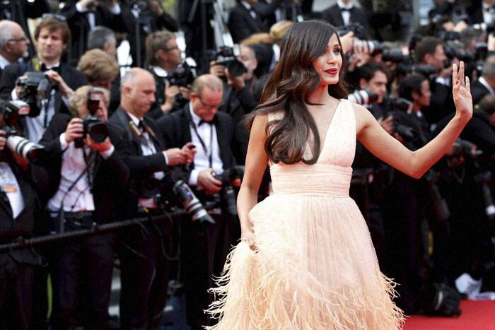 Cannes: Freida Pinto stuns the crowd with her perfect look. (Source: AP)