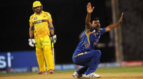 Praveen Kumar used all his experience to good effect at the Wankhede stadium (IE Photo Kevin D'Souza)