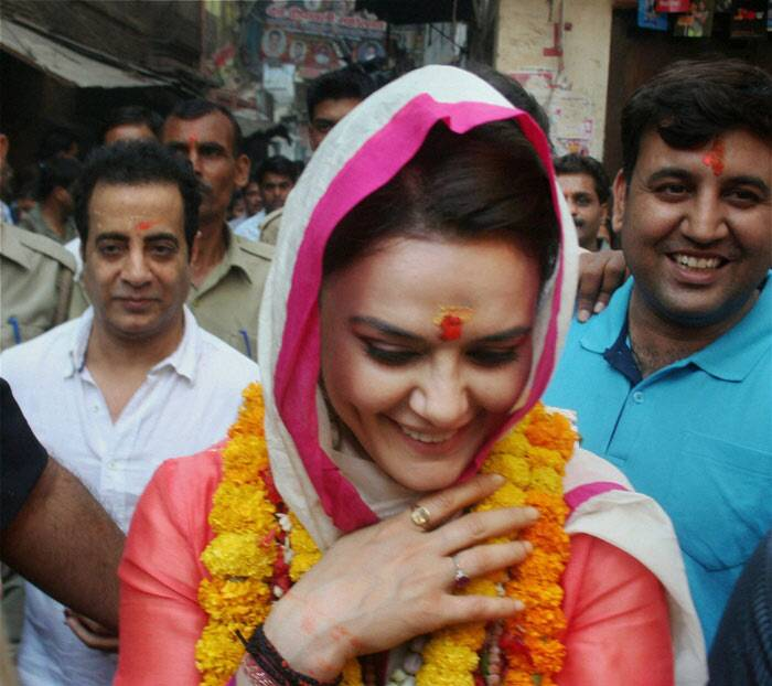 "Kings XI Punjab co-owner, Preity Zinta has been busy with the ongoing IPL 7. However, the dimpled beauty paid a visit to Varanasi today and offered prayers at the Bhairav temple in the city. But the actress, who is a self confessed fan of Narendra Modi, was quick to say that she isn't campaigning for any party. ""Finally I have not gone to Varanasi 2campaign 4 any party nor am I being paid to do so cuz frankly speaking my opinions are not for sale,"" she tweeted. (PTI)"