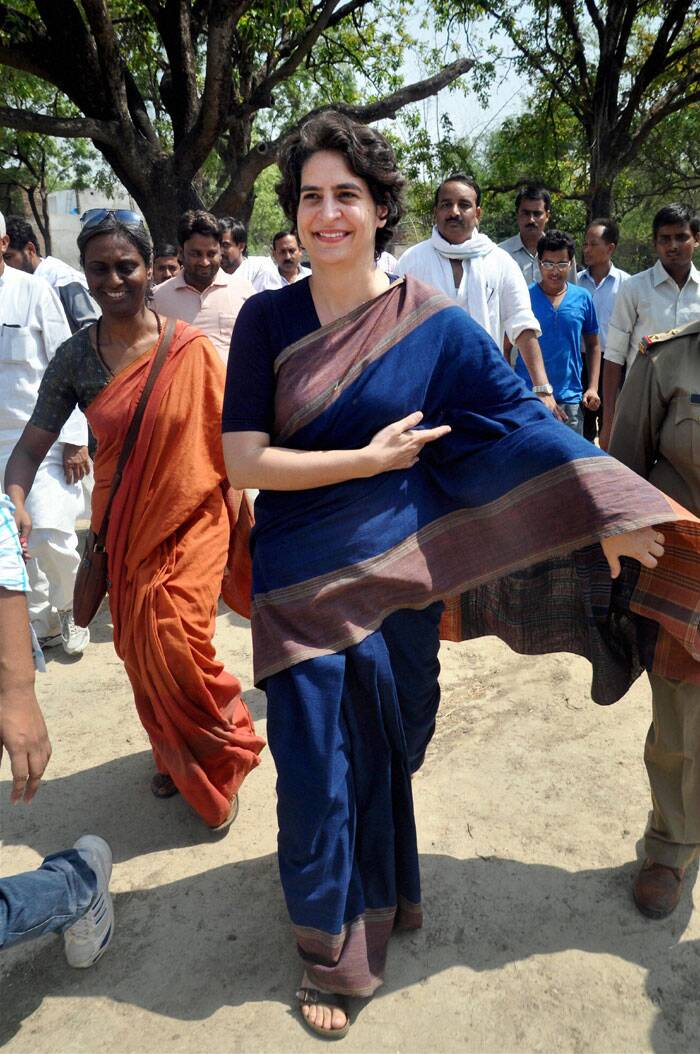 Priyanka Vadra breaks away from SPG security cordon