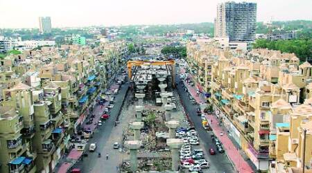 The under-construction Empire Estate flyover in Chinchwad. (Rajesh Stephan)