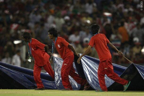 IPL 7: KXIP consolidate top spot