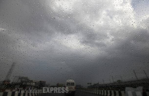 Pleasant weather continues in Delhi