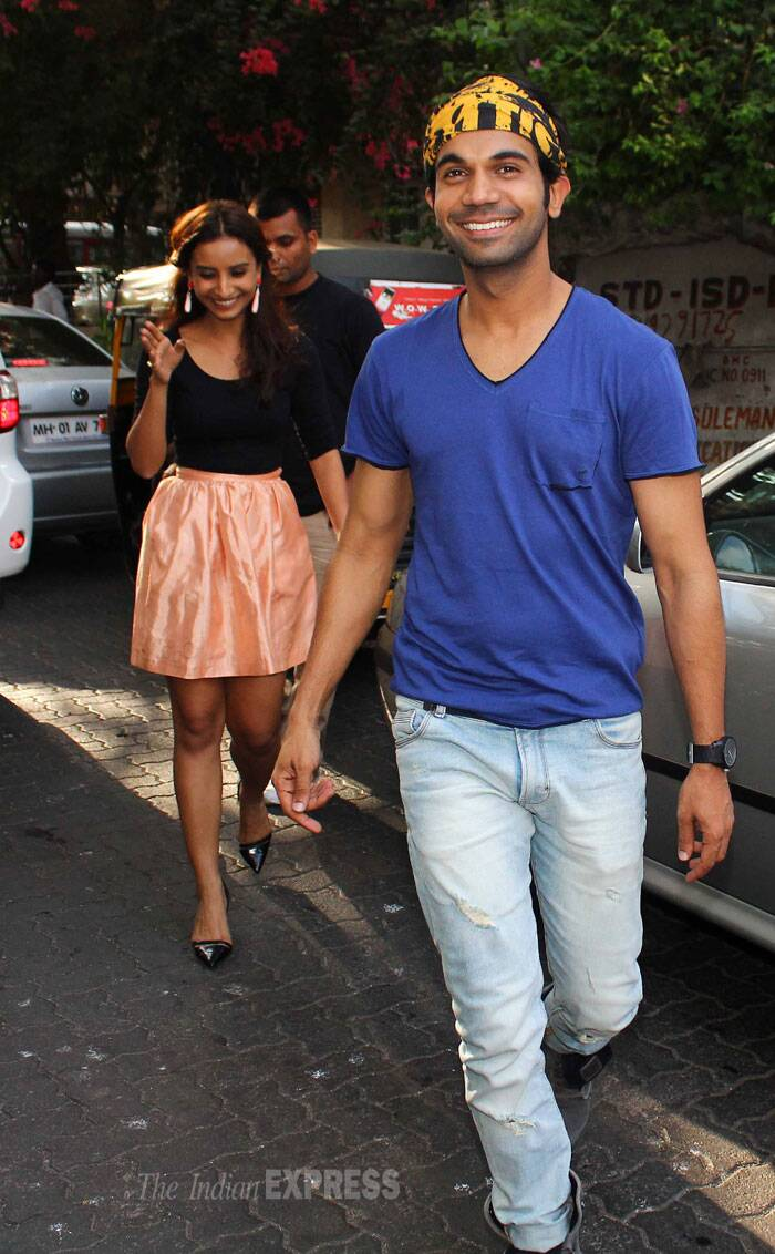 The pair, who are rumoured to be dating, looked quite happy as they were seen crossing the street. (Source: Varinder Chawla)