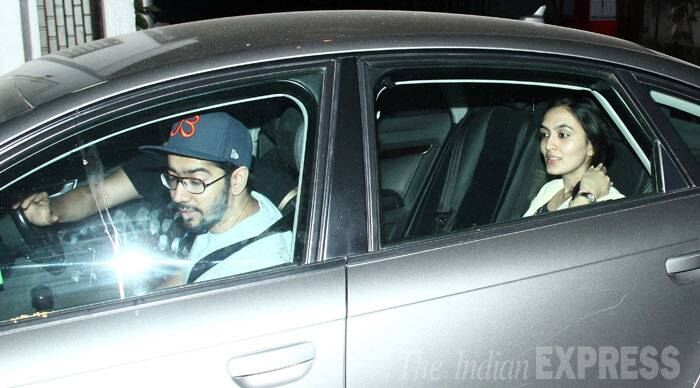 Rohit Dhawan snapped arriving with his wife Jaanvi. (Photo: Varinder Chawla)