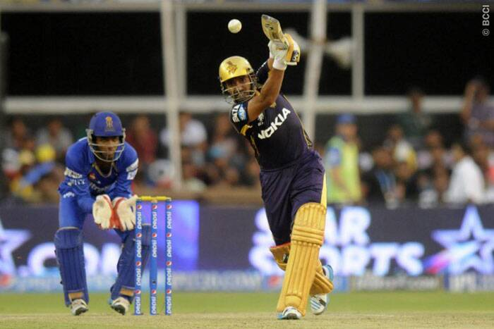 Chasing 170, Kolkata could not have asked for a better start with Robin Uthappa and Gautam Gambhir sharing a 121-run partenership. Uthappa  scored 65 before throwing it away at a crucial juncture in the match. (Photo: BCCI/IPL)