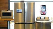 "LG rolls out premium smart appliances that""Chat"""