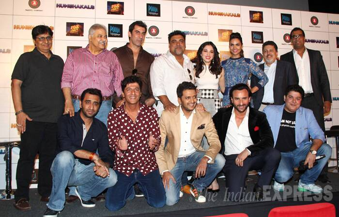 The entire 'Humshakals' team minus Bipasha Basu gets on stage for the cameras. Sajid Khan denied reports of Bipasha refusing to be part of the promotions. (Source: Varinder Chawla)