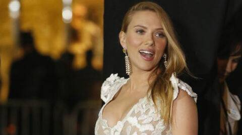 Scarlett Johansson and her fiance Romain Dauriac reportedly will tie the knot in a few weeks.