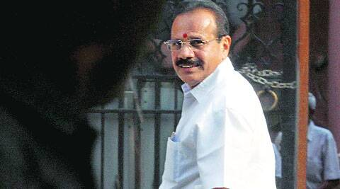Gowda arrives for new regime's first Cabinet meet on Tuesday.( Source: Express photo by Renuka Puri )