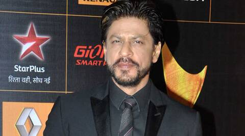 SRK requested Ritesh Sidhwani to give him an off day from 'Raes' shooting which starts from November 1.