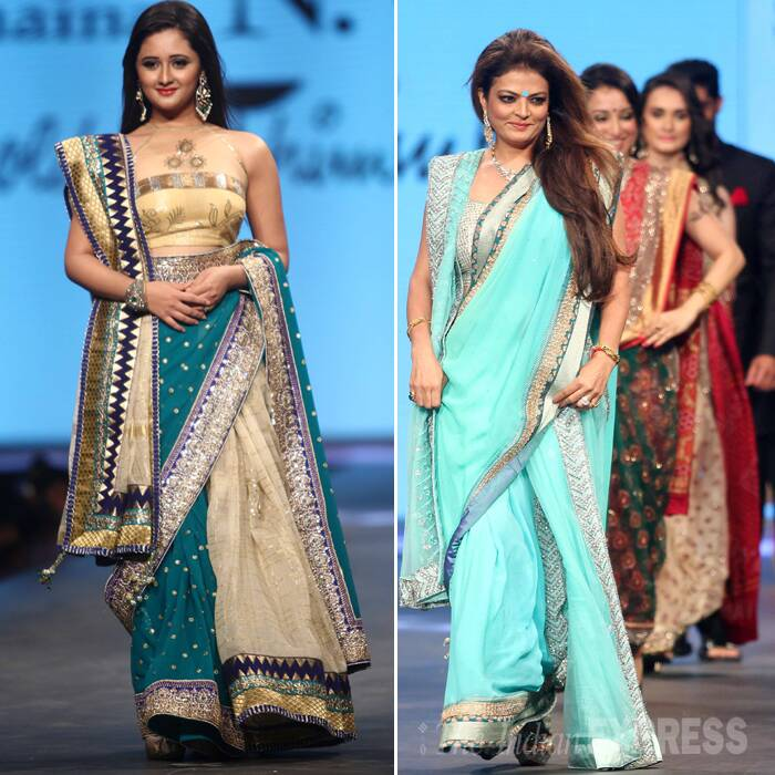 Sari divas - 'Uttaran' actress Rashmi Desai and former actress Sheeba. <br /> Sheeba looked lovely in a pale blue sari with a metallic border. (Photo: Varinder Chawla)