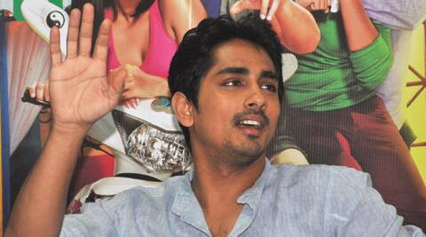 Siddharth took to Twitter to clear the air about the reports saying that he is father to a 15-year-old kid.