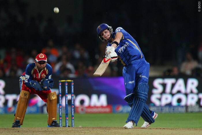 Steve Smith put on his thinking cap on and sent the loose balls to the boundary to bring back Rajasthan back into the match. Rajasthan needed 119 from nine overs when Smith walked out to bat and scored 48 not out from 21 balls. (Photo: BCCI/IPL)