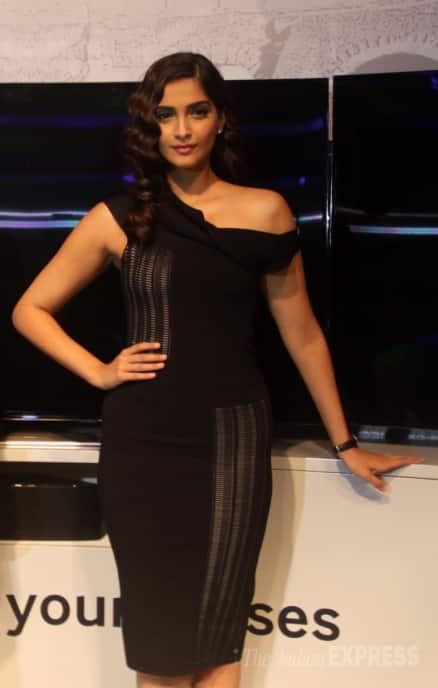Sonam Kapoor is sexy in black