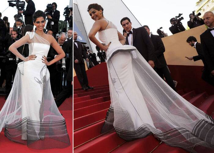Sonam Kapoor, who is one of the main reasons for the fashion revolution in Bollywood today, was announced as the face of the cosmetic giant L'Oreal back in 2009, joining an elite circle of divas including Aishwarya Rai Bachchan, Michelle Yeoh and Eva Longoria.<br /> Sonam Kapoor was a stunner in the Jean Paul Gaultier gown she chose to wear for her Cannes debut in 2011.