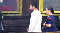 Sonia to party: Stop bickering in public