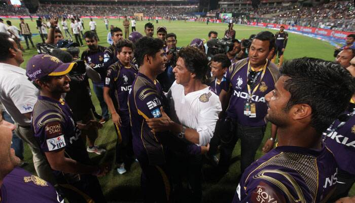 Rain did create a lot of suspense, both before and during the game. First the match was postponed by a day and then the interruptions. Finally, KKR battled both rain and KXIP to become the first team to seal the final spot. Shah Rukh Khan was pumped up after the result and made sure to congratulate the man of the moment Umesh Yadav, who was clinical with the ball (Source: Express Photo by Partha Paul)