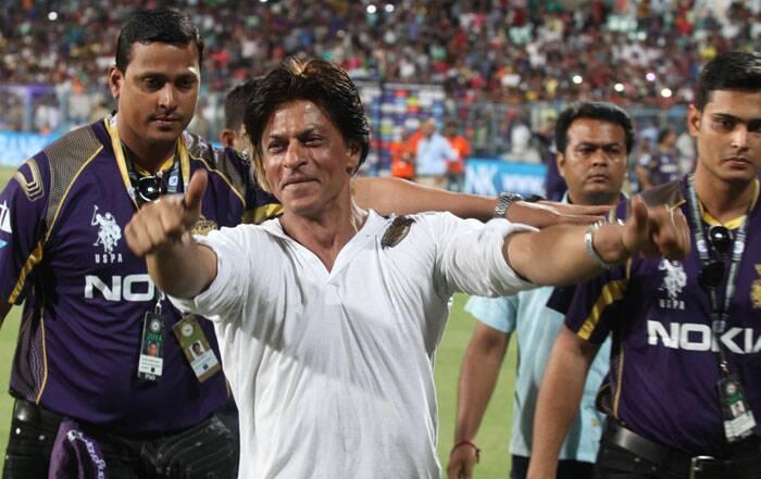Due to shooting commitments, King Khan was not a frequent visitor to his team's matches but he ensured to be there for the big one - the play-off clash against table toppers Kings XI Punjab (Source: Express Photo by Partha Paul)