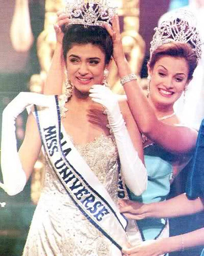 Sushmita Sen also thanked all her fans in India and Philippines, where she won the Miss Universe title. (Source: Twitter/Facebook)