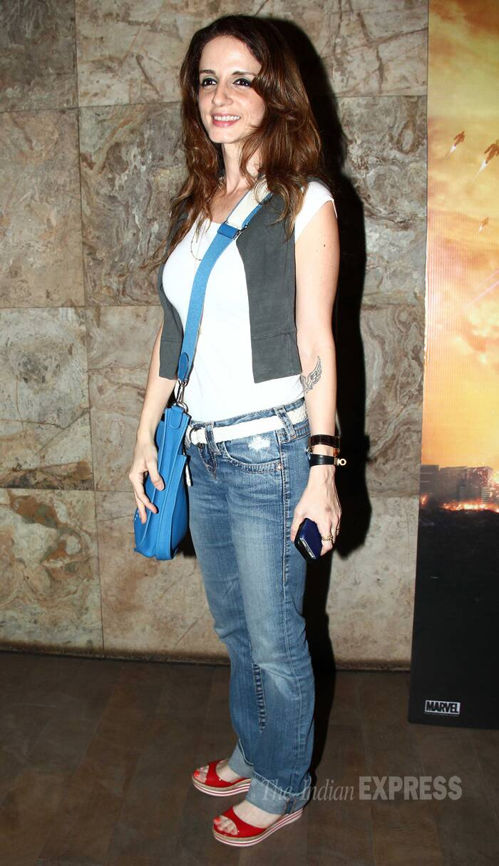 Sussanne Roshan, who has recently filed for divorce from husband Hrithik, was chilled out in jeans, white top and jacket. (Source: Varinder Chawla)