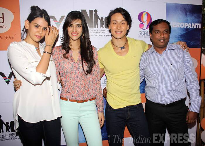 The duo promoted 'Heropanti' at a donut outlet that have come out with particular kind of donuts called Donutpanti. (Source: Varinder Chawla)