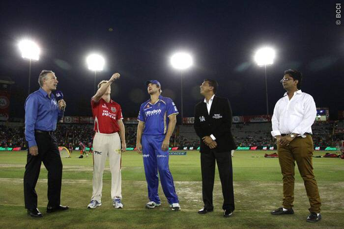 Kings XI Punjab clashed with Rajasthan Royals in Mohali on Friday. The toss was won by Rajasthan Royals captain Shane Watson who opted to field first on a green Mohali wicket. (Source: IPL/BCCI)